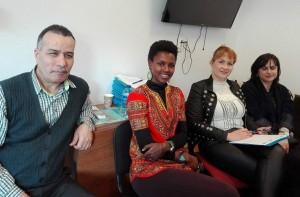 O parte din echipa de mediatori interculturali (Foto: LADO Cluj)